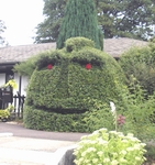 Novel topiary at the lockside